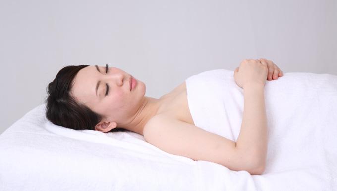 腰に負担を掛けない腰痛時の寝方は?