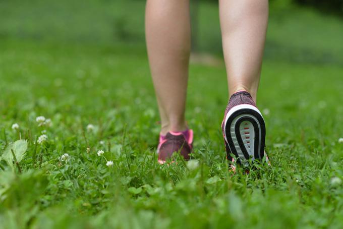 ウォーキング効果を高める:正しい歩き方をする